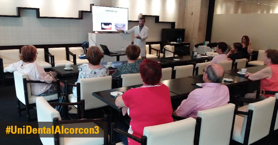 Charla sobre Implantes clínica Unidental Alcorcon en Centro Comercial San José Valderas, Mayo 2017