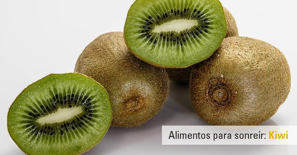 Kiwi: Alimento salud bucodental